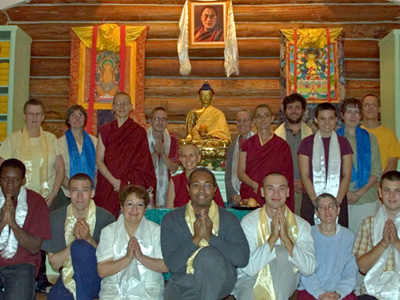 Group of participants from the 2007 Exploring Monastic Life retreat at the Abbey.