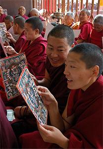 A group of Tibetan nuns.